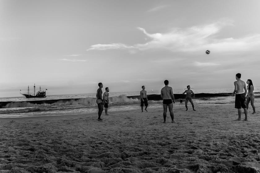 praia-do-leme-01